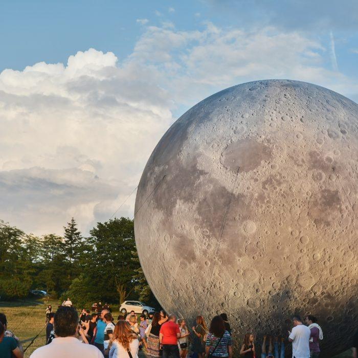 10m moon / lunalon